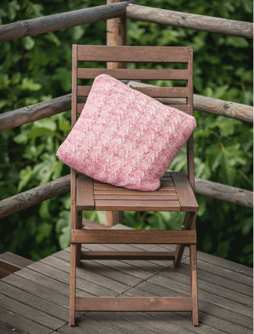 117 | Pink Damasco Cushion